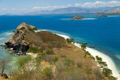克里斯特尔清除水lagoone 17个海岛里翁弗洛勒斯印度尼西亚 免版税库存照片