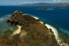 克里斯特尔清除水lagoone 17个海岛里翁弗洛勒斯印度尼西亚 免版税库存图片