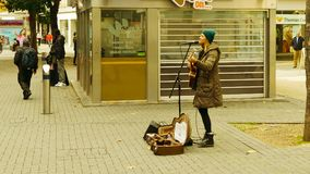 克里斯蒂娜梅纳德蒂娜亦称街道画象v,流行艺术家fr 库存照片