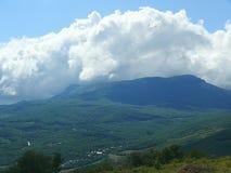 克里米亚半岛风景在一个热的夏日 免版税库存图片