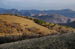克里米亚半岛Sotra山在秋天 免版税库存照片
