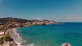 克里米亚横向山海运乌克兰 Livadi海滩在巴厘岛村庄在克利特希腊海岛上的  影视素材
