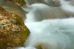克里米亚瀑布 免版税库存照片