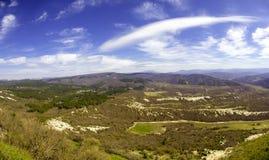 克里米亚的山和小山 免版税库存照片