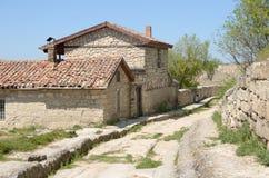 克里米亚, Bakhchisaray,洞城市Chufut -无头甘蓝 A庄园  S Firkovich, 18世纪被修造 免版税库存图片
