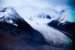 克鲁瓦尼国家公园及保留地,冰川视图 免版税库存照片