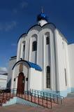 克麦罗沃,俄罗斯- 6月05 2014年 在医院附近的教会在克麦罗沃市 免版税库存照片