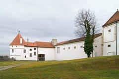 克洛斯特新堡修道院是罗马天主教堂12世纪Augustinian修道院克洛斯特新堡镇位于 免版税图库摄影