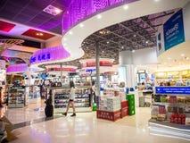 免税店在Donmueang机场 免版税库存图片