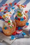 兔子杯形蛋糕 库存图片
