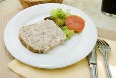 兔子法国食物头脑陶罐 拍摄以巴黎法郎 免版税库存照片
