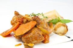 兔子炖煮的食物 免版税图库摄影