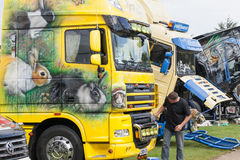 兔子美丽的卡车艺术品在Truckfest的2017年 库存照片