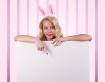 兔宝宝女孩 库存图片