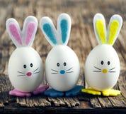 兔宝宝逗人喜爱的复活节 免版税库存图片