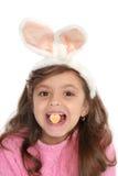 兔宝宝逗人喜爱的耳朵女孩 库存图片