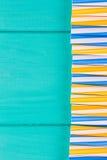 党的吸管在与拷贝空间的蓝色淡色背景 图库摄影