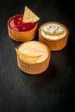 党的,芯片,烤干酪辣味玉米片快餐用调味汁 库存照片