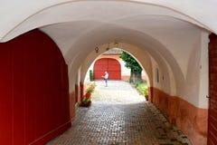 入口在中世纪被加强的教会Cristian,特兰西瓦尼亚里 图库摄影