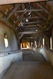 入口在被加强的撒克逊人的教会Biertan,特兰西瓦尼亚里 库存图片
