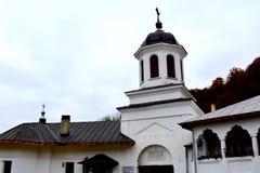 入口在Suzana修道院 免版税库存照片