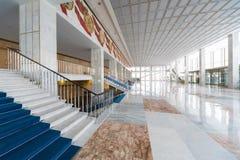 入口的大明亮的室在克里姆林宫宫殿 库存图片