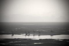 入口的黑白图象处于低潮中 图库摄影