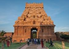 入口Gopuram的西边在Brihadeswarar寺庙的 库存图片