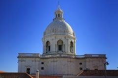 全国万神殿和房子屋顶在里斯本 库存照片