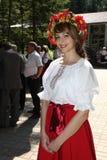 全国乌克兰服装的美丽的女孩女演员设计卡通者 免版税图库摄影