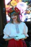 全国乌克兰服装的美丽的女孩女演员设计卡通者 库存照片