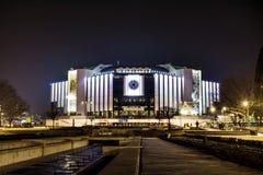 全国劳动人民文化宫,索非亚,保加利亚在晚上 免版税库存图片