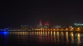 全国海滨公园在晚上,巴库市,阿塞拜疆的看法 股票录像