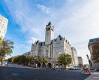 全景外部唐纳德・川普旅馆华盛顿特区白天Novem 免版税图库摄影