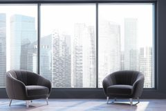 全景客厅,两把扶手椅子 免版税库存图片