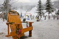 全景山滑雪胜地在加拿大 图库摄影