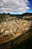 全景希克利,西西里岛,其中一个意大利巴落克式样符号城市,与其他7个诺托壁垒` s村庄一起 库存图片