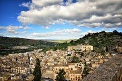 全景希克利,西西里岛,其中一个意大利巴落克式样符号城市,与其他7个诺托壁垒` s村庄一起 图库摄影