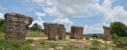 全景平均观测距离Hin Khaow Stonehenge Chaiyaphum泰国 免版税库存照片