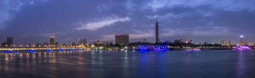 全景开罗的微明 库存图片