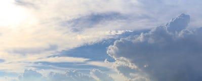 全景或蓝天全景照片和云彩或者cloudscape 免版税库存图片