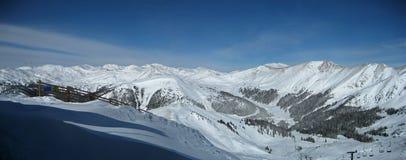 全景手段滑雪 免版税库存图片