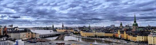 全景斯德哥尔摩市,多云天 免版税库存图片