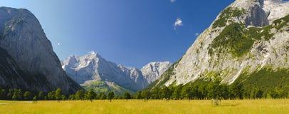 全景横向在巴伐利亚 免版税库存图片
