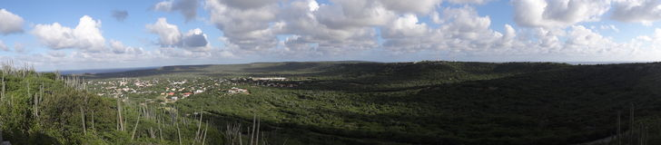 全景横向视图Rincon博内尔岛 免版税库存图片