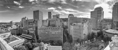 全景空中城市视图,波特兰-俄勒冈 免版税图库摄影