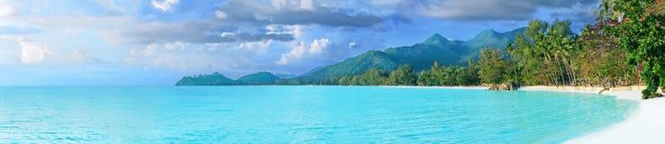全景美丽的热带泰国的海岛 库存照片