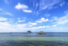 全景蓝天和云彩Wonderfull印度尼西亚 库存照片