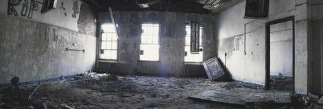 180全景被放弃的室 免版税库存图片