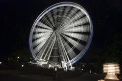 全景轮子在Night,布里斯班,澳洲之前 免版税库存图片
